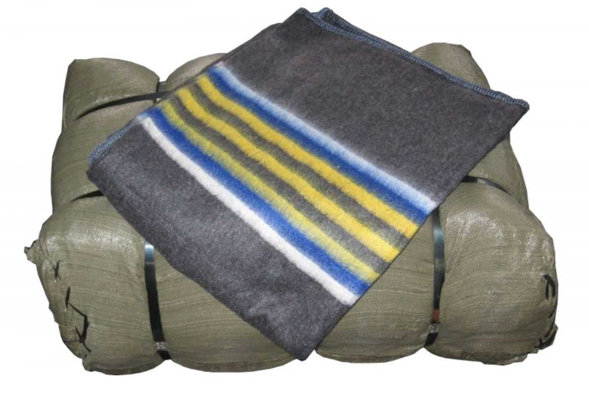 Verhuisdekens or removal blankets the perfect safety guard for all furniture during transport.